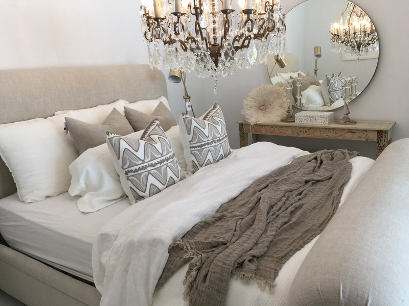 Simple Ways to Add a Touch of Luxury to Your Bedroom