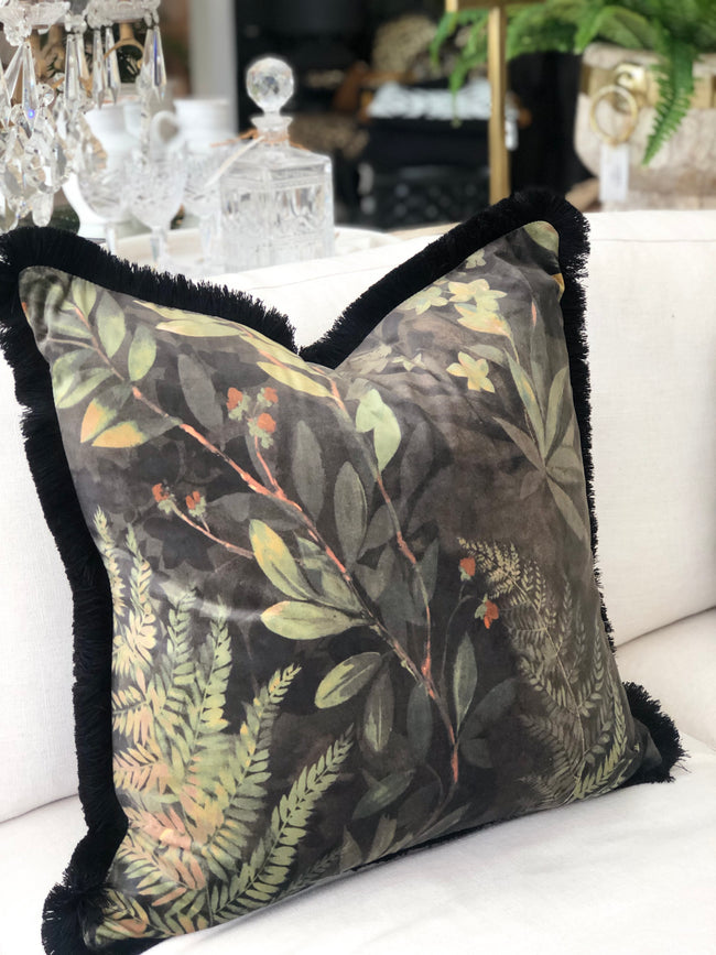 Jungle Cushion w Fringe