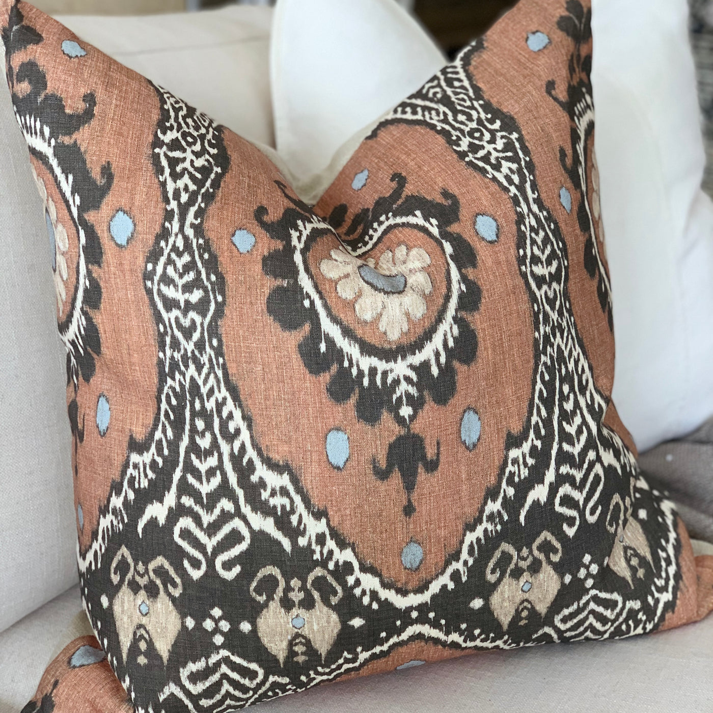 Bukhara Cushion w Feather