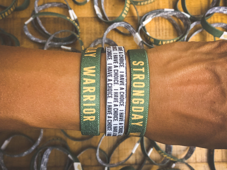 STRONGDAY WARRIOR. | MENTAL HEALTH | (ARMY) REVERSIBLE WRISTBAND - LOVE, ANXIETY, DEPRESSION