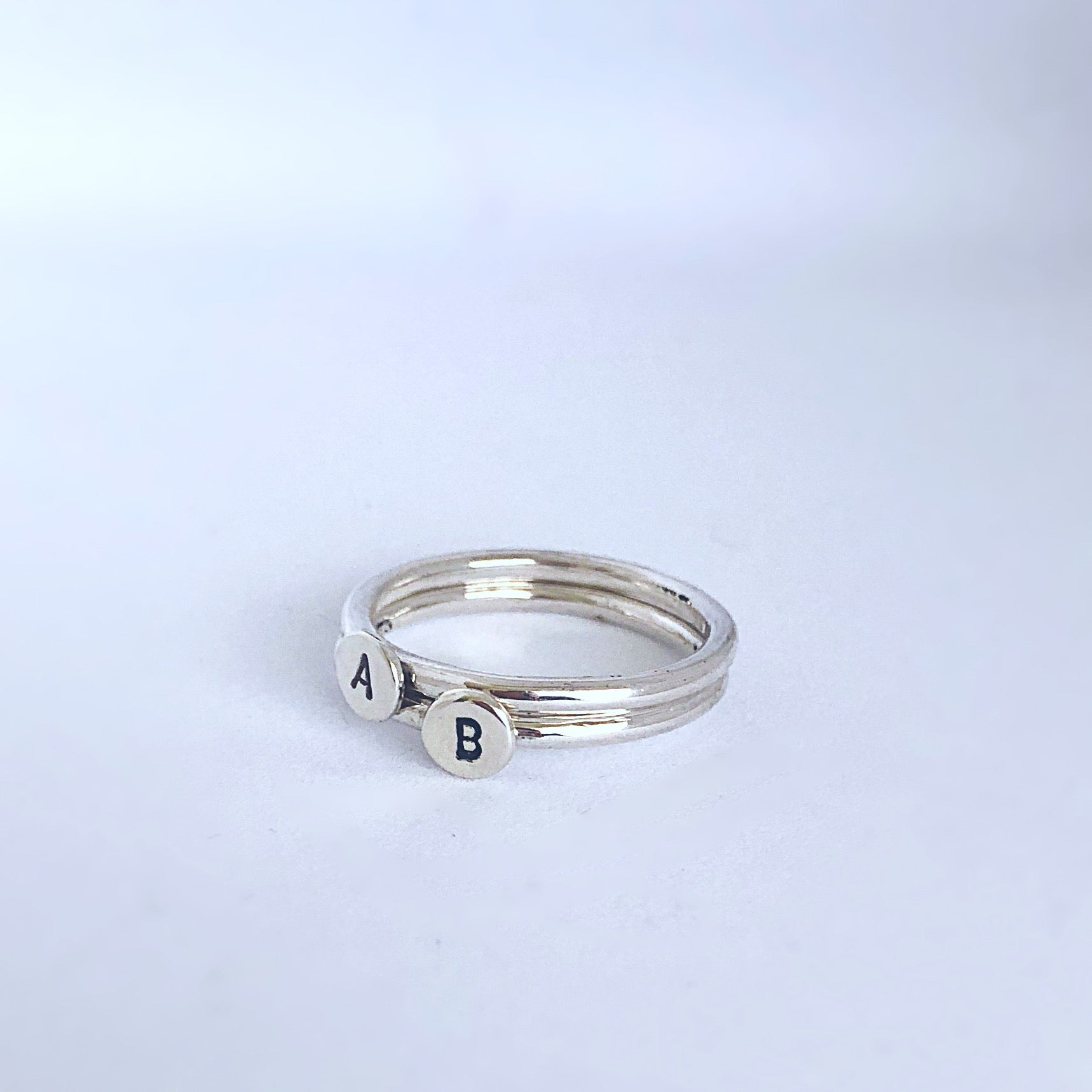band gold ring engagement wedding plain of rings white luxury fresh with elegant solitaire
