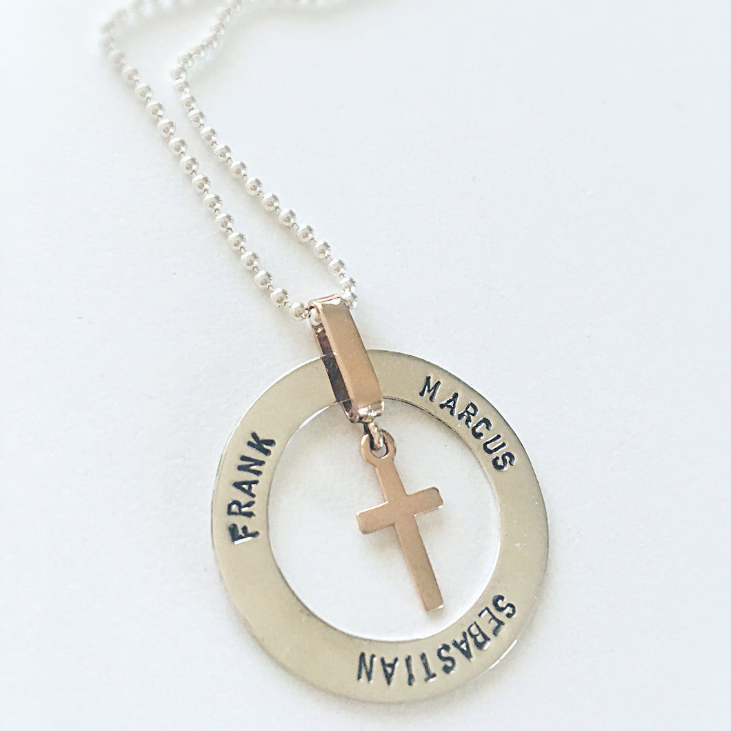 Stamped disc pendant