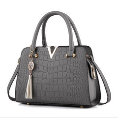 Alligator Pattern Zipper Closure Tassel Decoration Genuine Leather Shoulder Hand Bag For Women - Grey