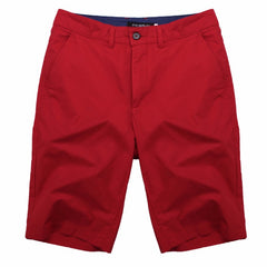 Solid Pattern Zipper Fly Closure Cotton Polyester Fabric Mid Waist Shorts For Men- Red