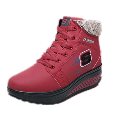 Maroon Soft Leather Plush Lining Plain Decoration Casual Shoe For Women