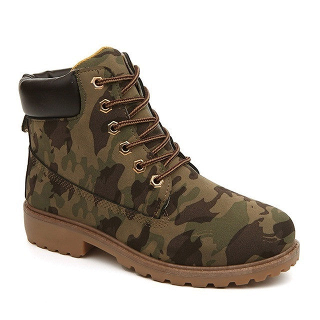 Camouflage Flock Upper Material Plush Lining Lace-Up Closure Boot For Men