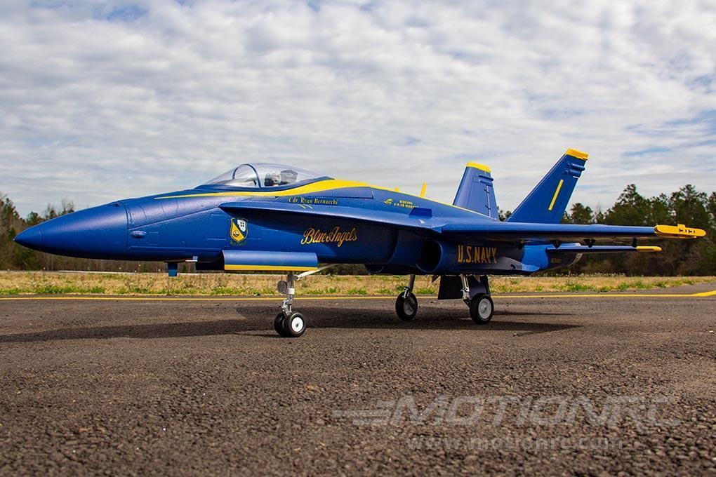 Freewing F / A-18C Hornet Blue Angels 90mm EDF Jet - PNP FJ31411P