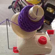 Portable Yarn Ball Winder
