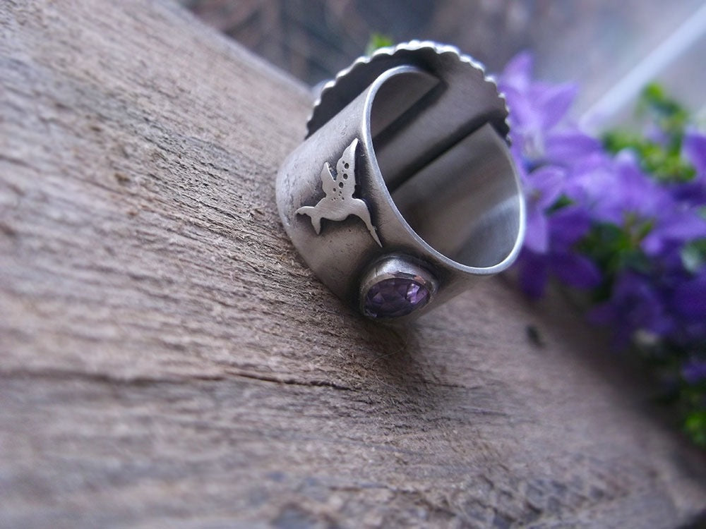 The Healer Ring Hummingbird Holly Chalcedony Ring 8 Us Lilyblonde
