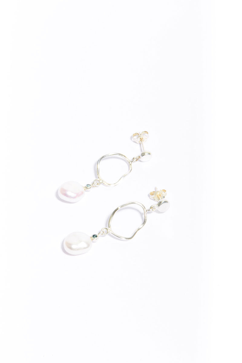 Silver Pearl Crush Earrings