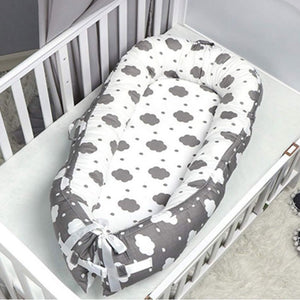 Baby Nest - White with Grey Clouds