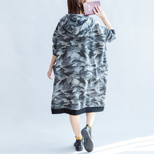 Afbeelding in Gallery-weergave laden, 2017 fall prints ruffles black cotton shift dresses hooded oversize casual dress patchwork loving heart