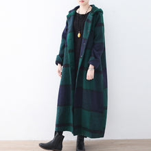 Load image into Gallery viewer, 2017 green woolen coat casual trench coat plaid long coats hooded