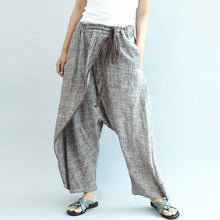 Load image into Gallery viewer, 2017 khaki linen pants oversize elastic waist traveling pants
