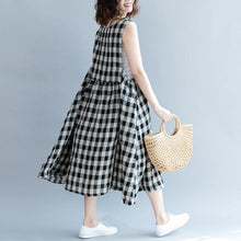 Load image into Gallery viewer, 2019 black Plaid linen cotton shift dresses top quality Sleeveless baggy dresses O neck wrinkled cotton dress