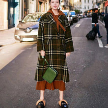 Load image into Gallery viewer, 2018 green Plaid long coat plus size Notched maxi coat Fashion double breasted Winter coat
