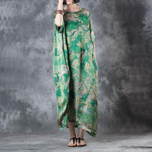 Load image into Gallery viewer, 2018 green floral natural silk dress Loose fitting O neck baggy dresses traveling clothing Elegant short sleeve silk long dresses