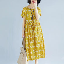 Load image into Gallery viewer, 2018 yellow cotton blended shift dresses oversize clothing dress New short sleeve print drawstring clothing dress