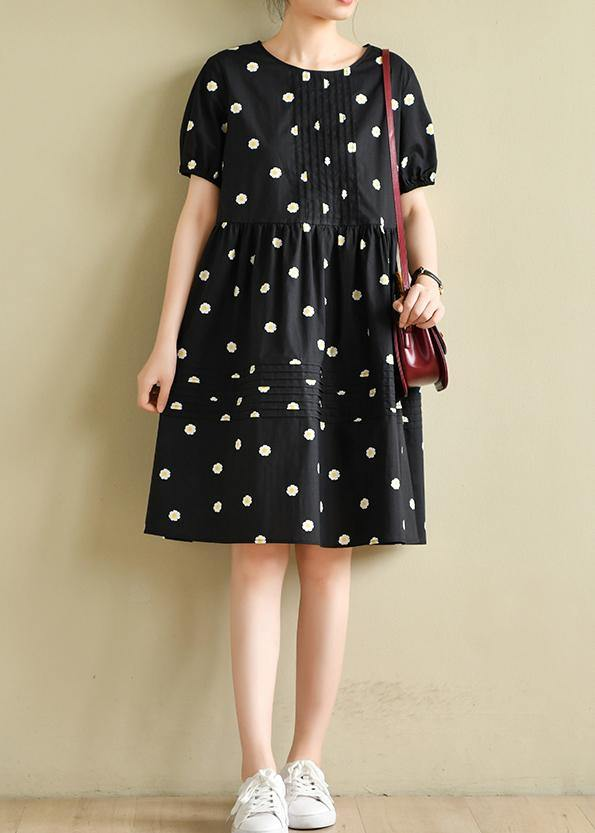 Chic o neck wrinkled clothes black daisy print Dresses