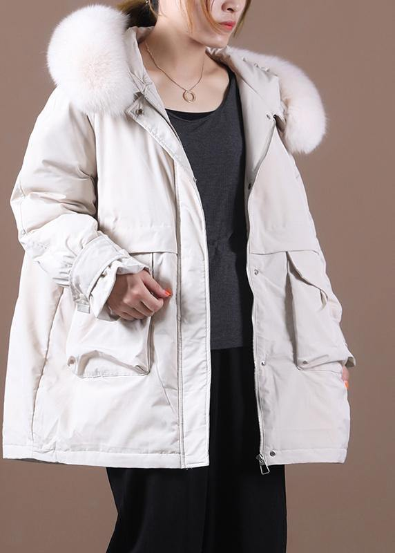 Elegant beige down coat winter Loose fitting fur collar zippered Fine overcoat