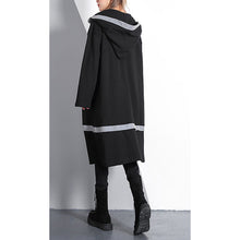 Load image into Gallery viewer, Elegant black plus size traveling dress pockets top quality hooded cotton blended dress