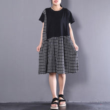 Load image into Gallery viewer, Elegant cotton shift dresses oversized Short Sleeve Plaid Summer Round Neck Black Dress
