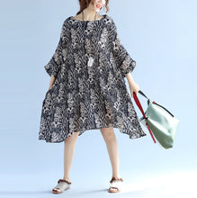 Load image into Gallery viewer, Elegant floral cotton linen knee dress oversized Batwing Sleeve large hem linen cotton dress casual O neck wrinkled dresses