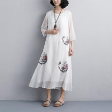 Afbeelding in Gallery-weergave laden, Fine natural dress  plus size Ethnic Women Embroidery Three Quarter Sleeve White Dress