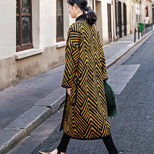 Luxury black yellow striped long coat Loose fitting o neck Coats boutique pockets wool jackets