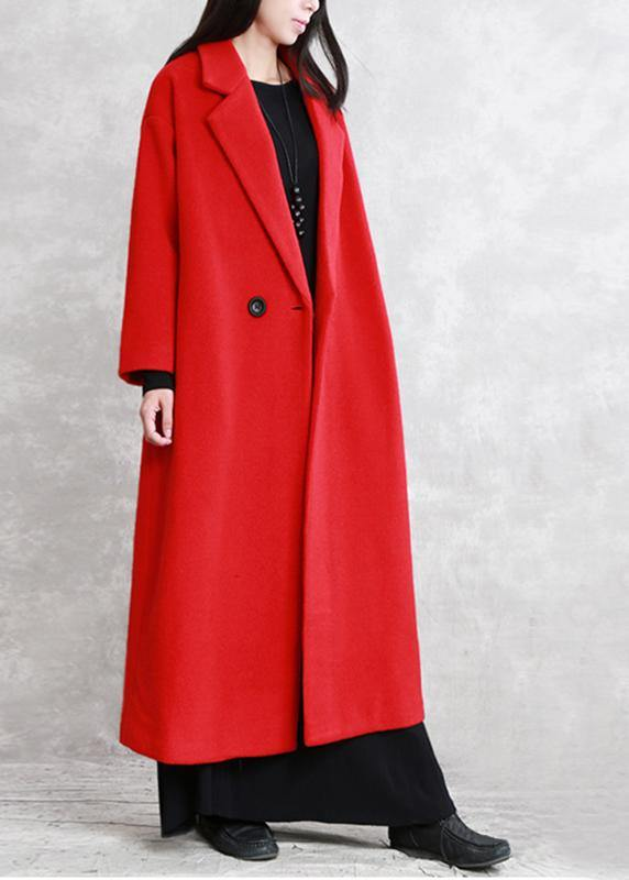 Luxury red wool coat Loose fitting Notched pockets Winter coat