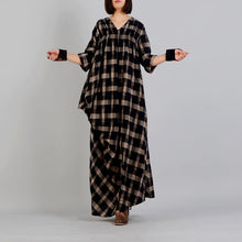 Load image into Gallery viewer, New black Plaid Loose fitting v neck cotton linen gown 2018 asymmetrical design kaftans