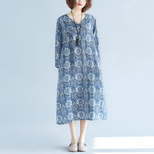 Load image into Gallery viewer, New blue print long linen dress plus size clothing v neck baggy dresses traveling clothing vintage long sleeve pockets dresses