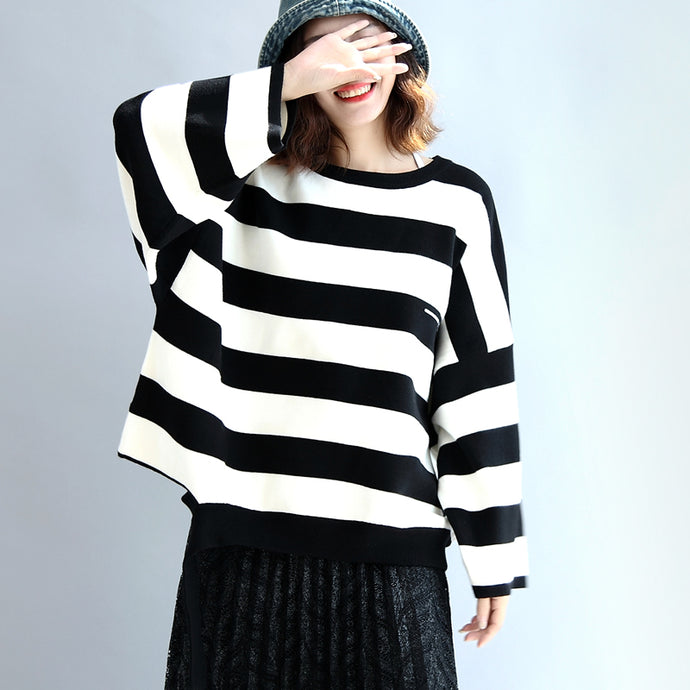 Strip winter woolen tops oversized black and white striped pullover t shirts