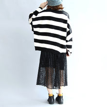 Load image into Gallery viewer, Strip winter woolen tops oversized black and white striped pullover t shirts