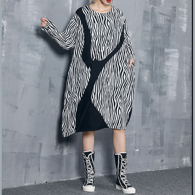 Style black striped chiffon dress Plus Size Shape baggy Dress