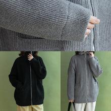 Load image into Gallery viewer, Vintage black Loose fitting winter zippered knit outwear