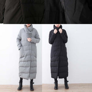 Warm black down overcoat Loose fitting down jacket New high neck overcoat