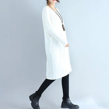 Load image into Gallery viewer, autumn white casual cotton t shirt dresses oversize long sleeve shift dress