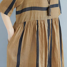Load image into Gallery viewer, baggy Tencel linen summer dress plus size Short Sleeve Round Neck Pockets Stripe Pleated Slit Dress