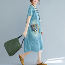 Load image into Gallery viewer, baggy denim blue pure cotton dresses plus size clothing holiday dresses New short sleeve pockets v neck print dress