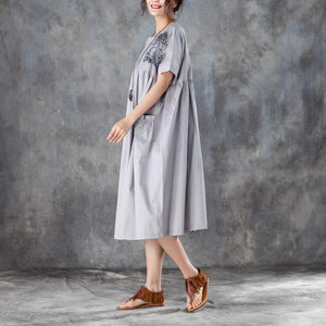 baggy natural cotton dress  stylish Loose Short Sleeve Round Neck Gray Pleated Dress