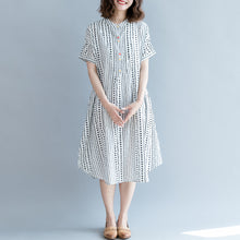 Load image into Gallery viewer, baggy white floral cotton shift dress oversized casual dress New short sleeve pockets Stand baggy dresses