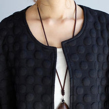 Afbeelding in Gallery-weergave laden, black casual fashion cotton cardigan plus size bracelet sleeved cardigan outwear