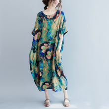 Load image into Gallery viewer, boutique blue prints long linen dresses Loose fitting o neck linen gown women short sleeve linen caftans