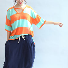 Afbeelding in Gallery-weergave laden, fall 2017 blue orange patchwork cotton blouse plus size v neck t shirt