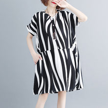 Load image into Gallery viewer, fashion striped cotton linen dresses plus size short sleeve gown 2018 v neck cotton linen dress