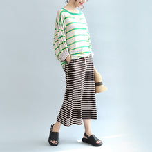 Afbeelding in Gallery-weergave laden, spring green striped cotton tops plus size lantern sleeve t shirt