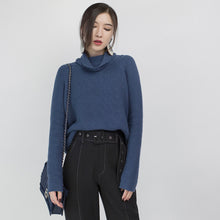 Load image into Gallery viewer, stylish blue cozy sweater Loose fitting high neck knit sweat tops vintage blouse