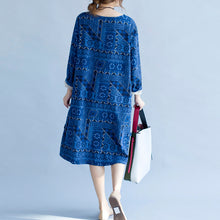 Load image into Gallery viewer, stylish blue print cotton dress trendy plus size holiday dresses New long sleeve baggy V neck side open cotton dress