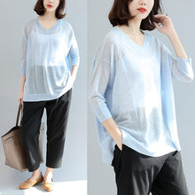 Afbeelding in Gallery-weergave laden, summer light blue stylish  loose casual  t shirt long sleeve blouse